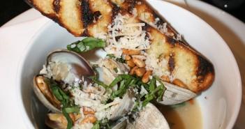 white buffalo clams