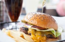 Kings-Grill-Classic-Burger